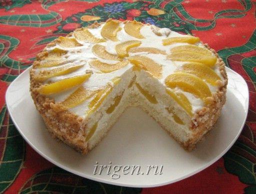 Бисквитный торт с творожным кремом