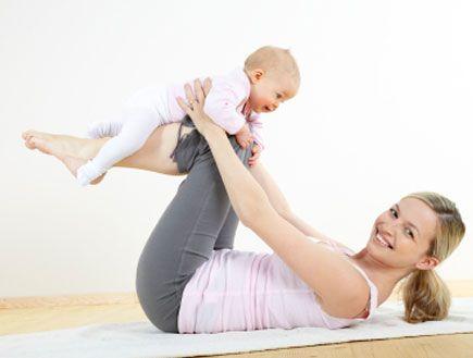 Как убрать живот после родов кормящей маме