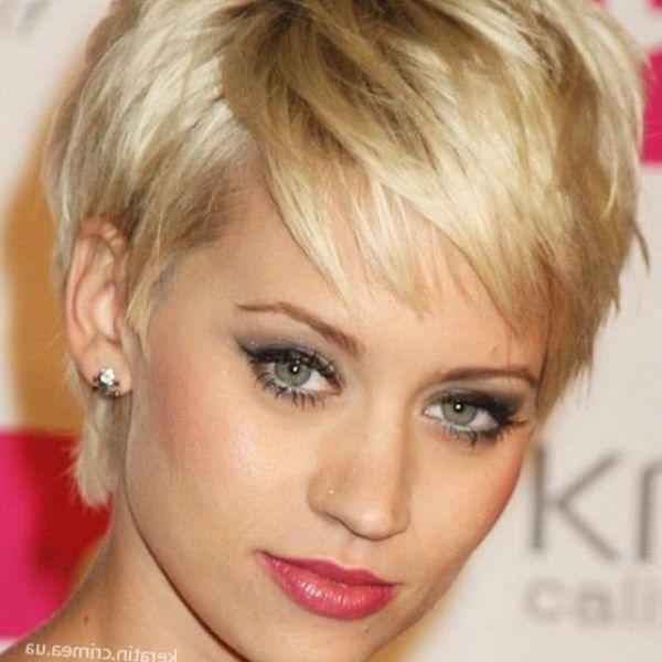 Короткие стрижки для тонких волос