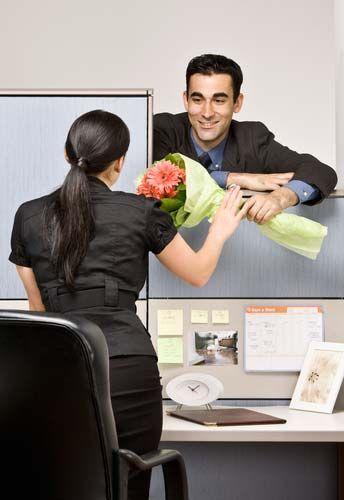 Служебный роман на работе