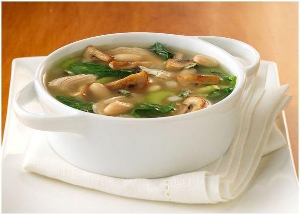 Суп из белых сушеных грибов