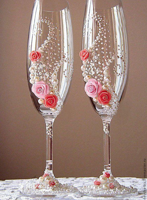 Украшения свадебных бокалов