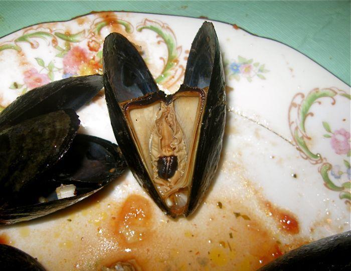 Как едят мидии